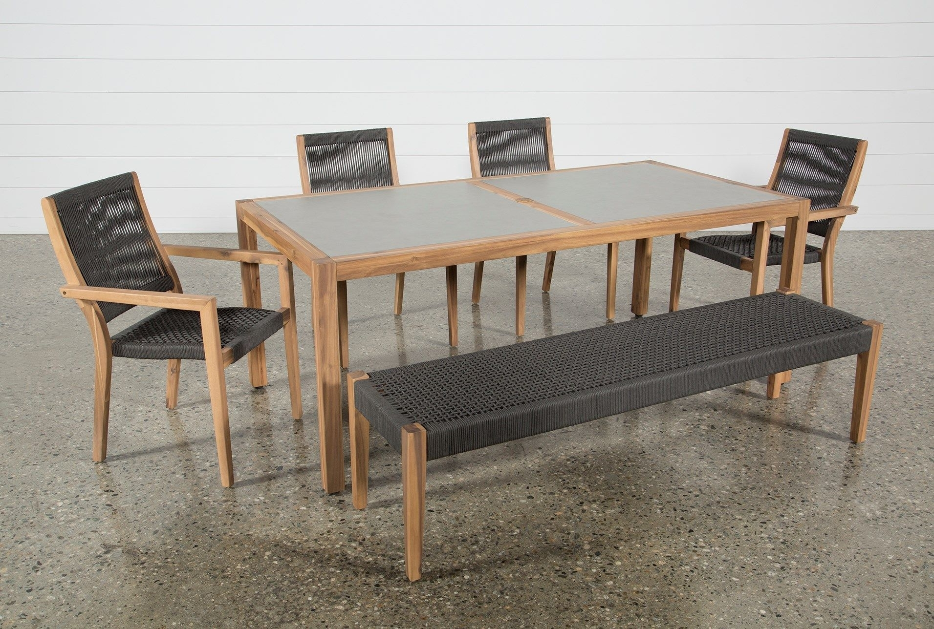 Featured Image of Outdoor Sienna Dining Tables