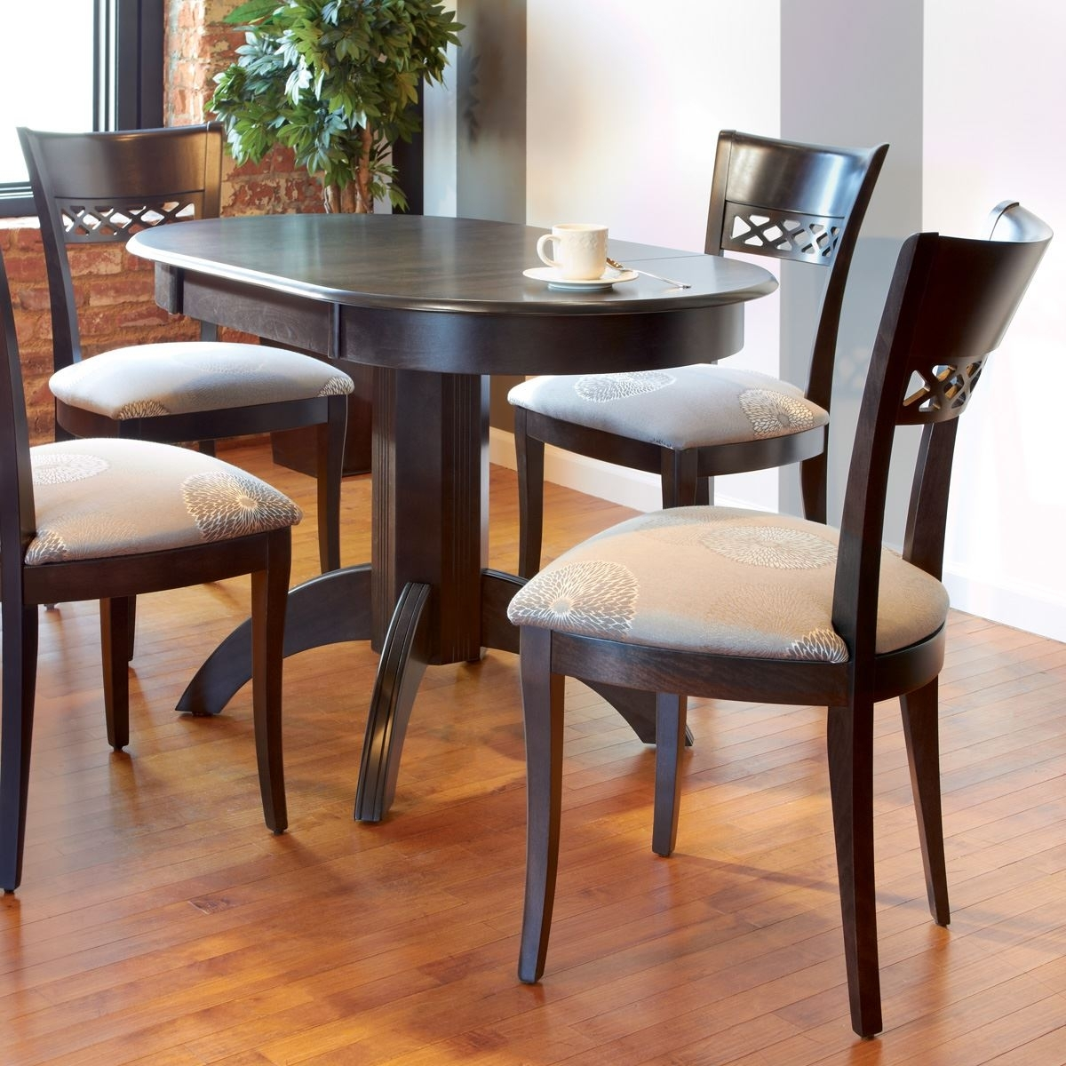 Round Wood Dining Sets | King Dinettes Pertaining To Most Popular Jefferson Extension Round Dining Tables (Image 14 of 20)
