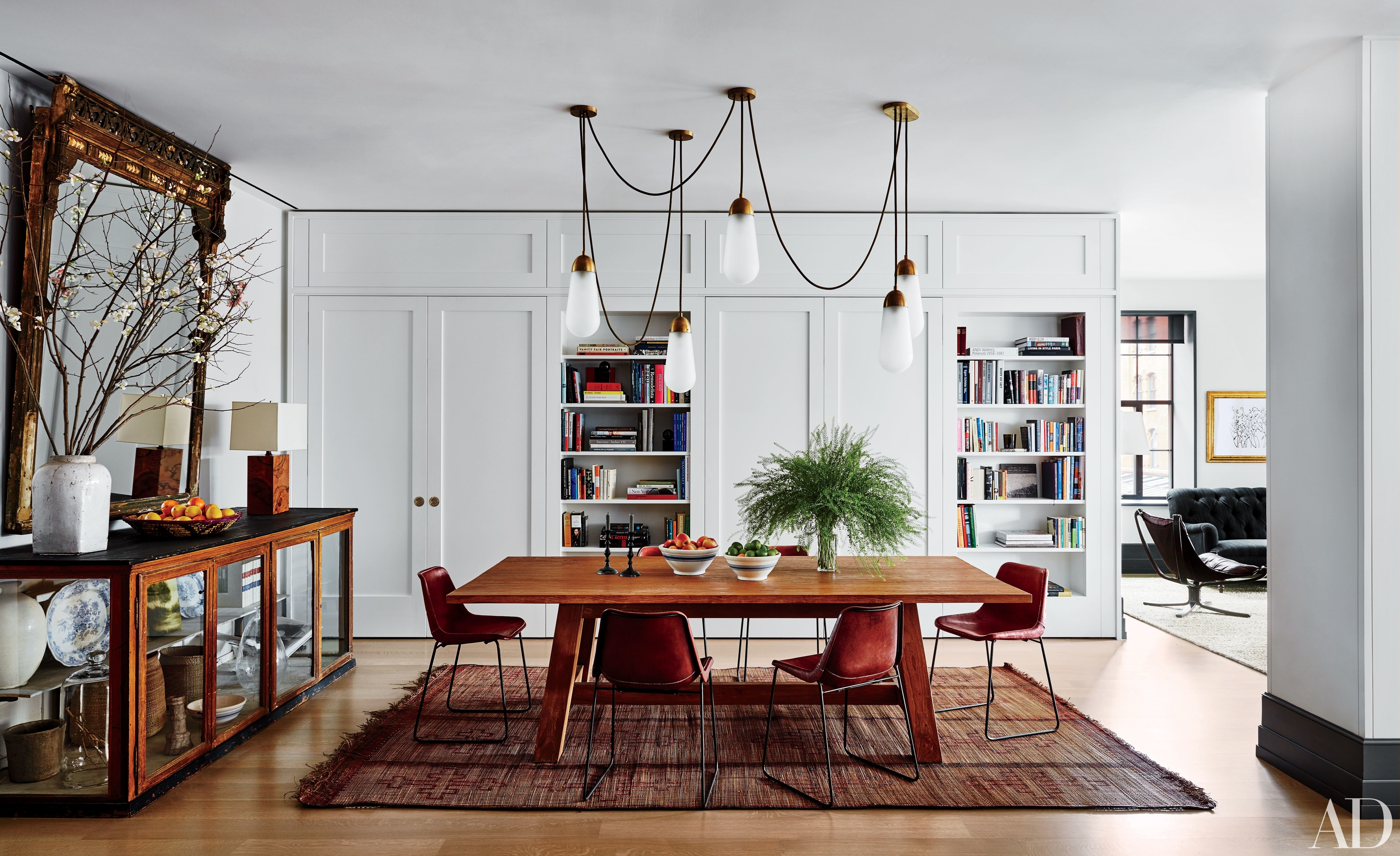 Step Inside 47 Celebrity Dining Rooms Photos | Architectural Digest Intended For 2018 Laurent Round Dining Tables (View 18 of 20)