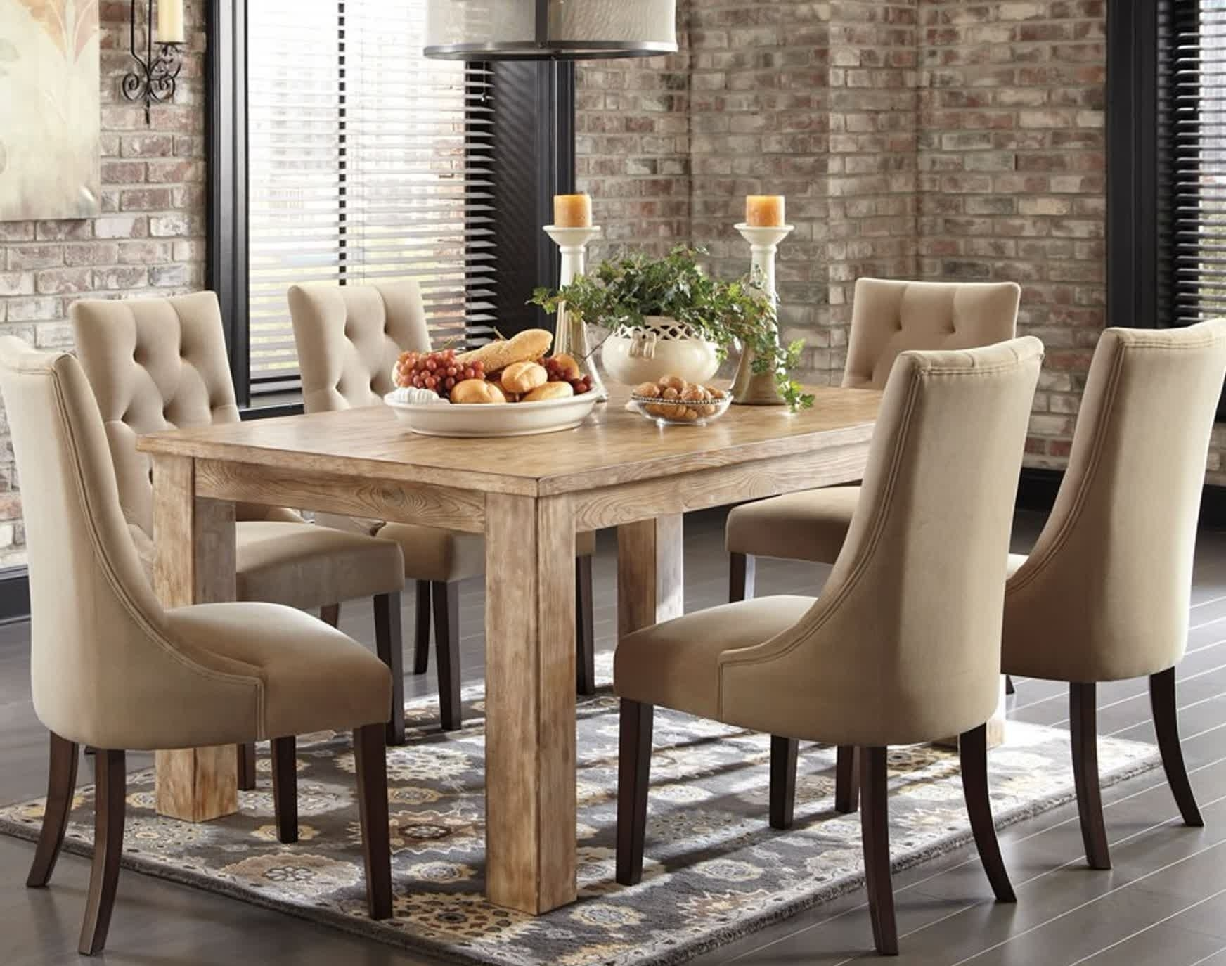 Tavolo E Sedie Per Sala Da Pranzo Foto E Sala Da Pranzo Sala Da Intended For Most Up To Date Palazzo 7 Piece Dining Sets With Pearson Grey Side Chairs (Image 18 of 20)