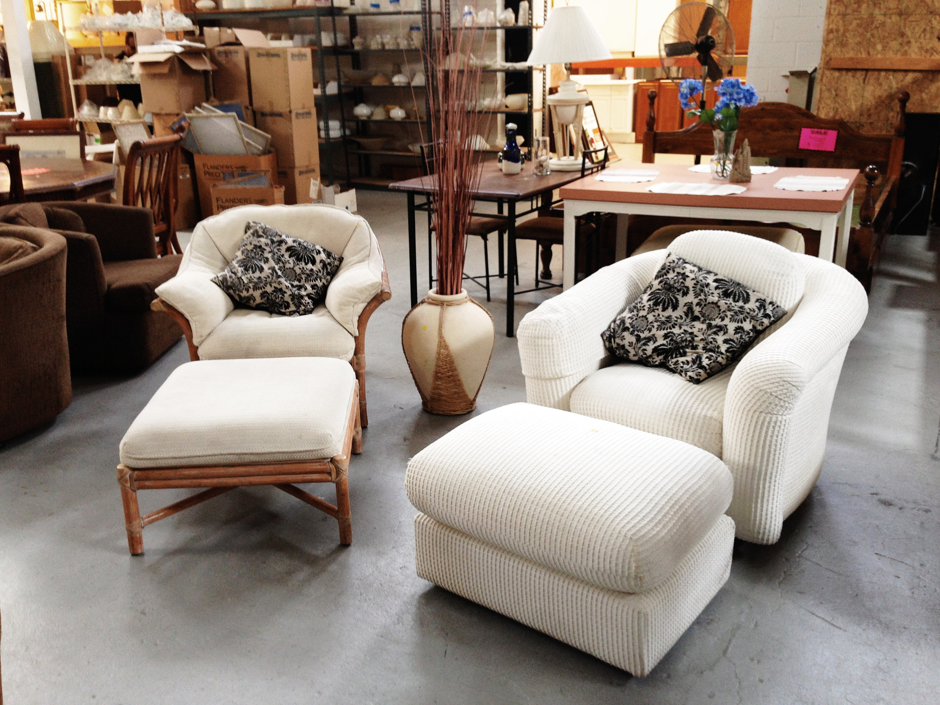 Donate To The Restore With Regard To Escondido Sofa Chairs (Image 8 of 20)