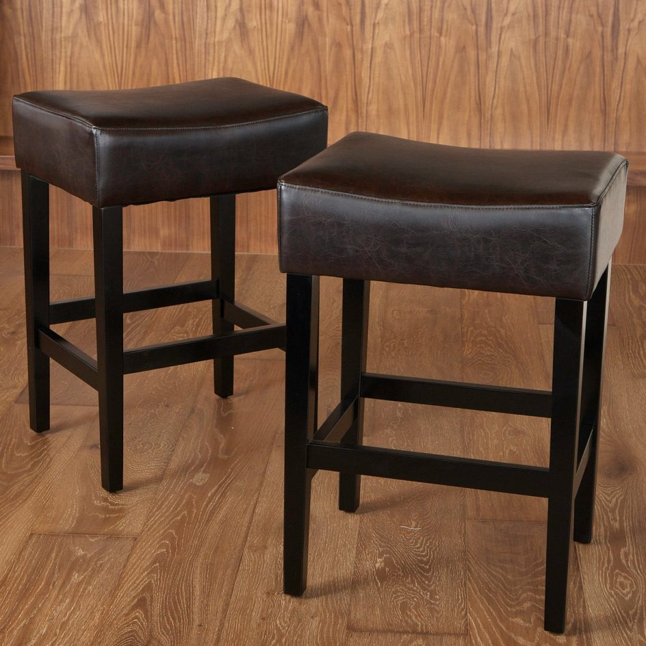 Impressive Excellent Padded Saddle Bar Stools 19 Grandin Road Best For Grandin Leather Sofa Chairs (Image 15 of 20)