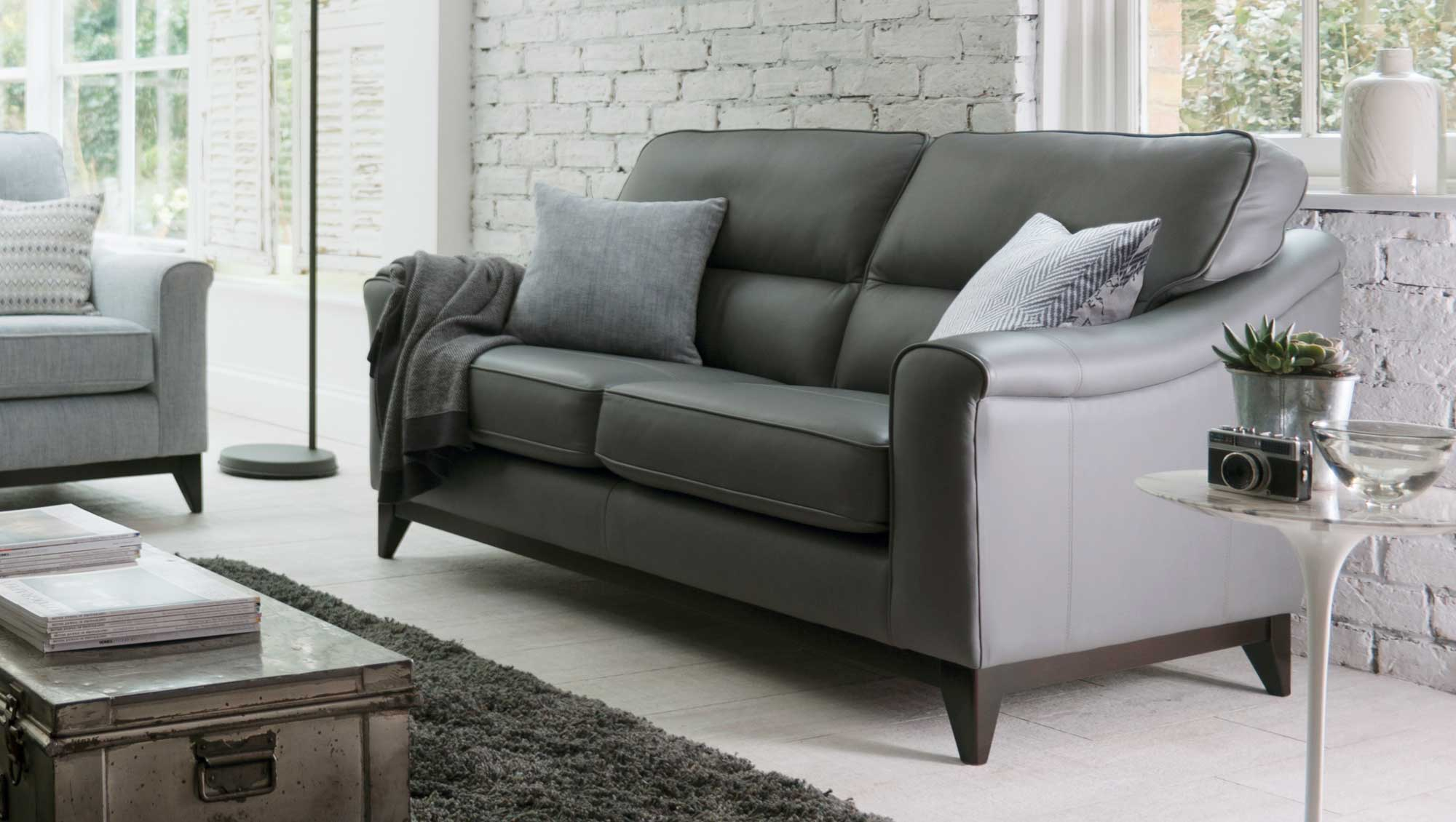 Parker Knoll Montana – Leather Ranges – Sofas & Chairs | Tr Hayes Within Parker Sofa Chairs (Image 12 of 20)