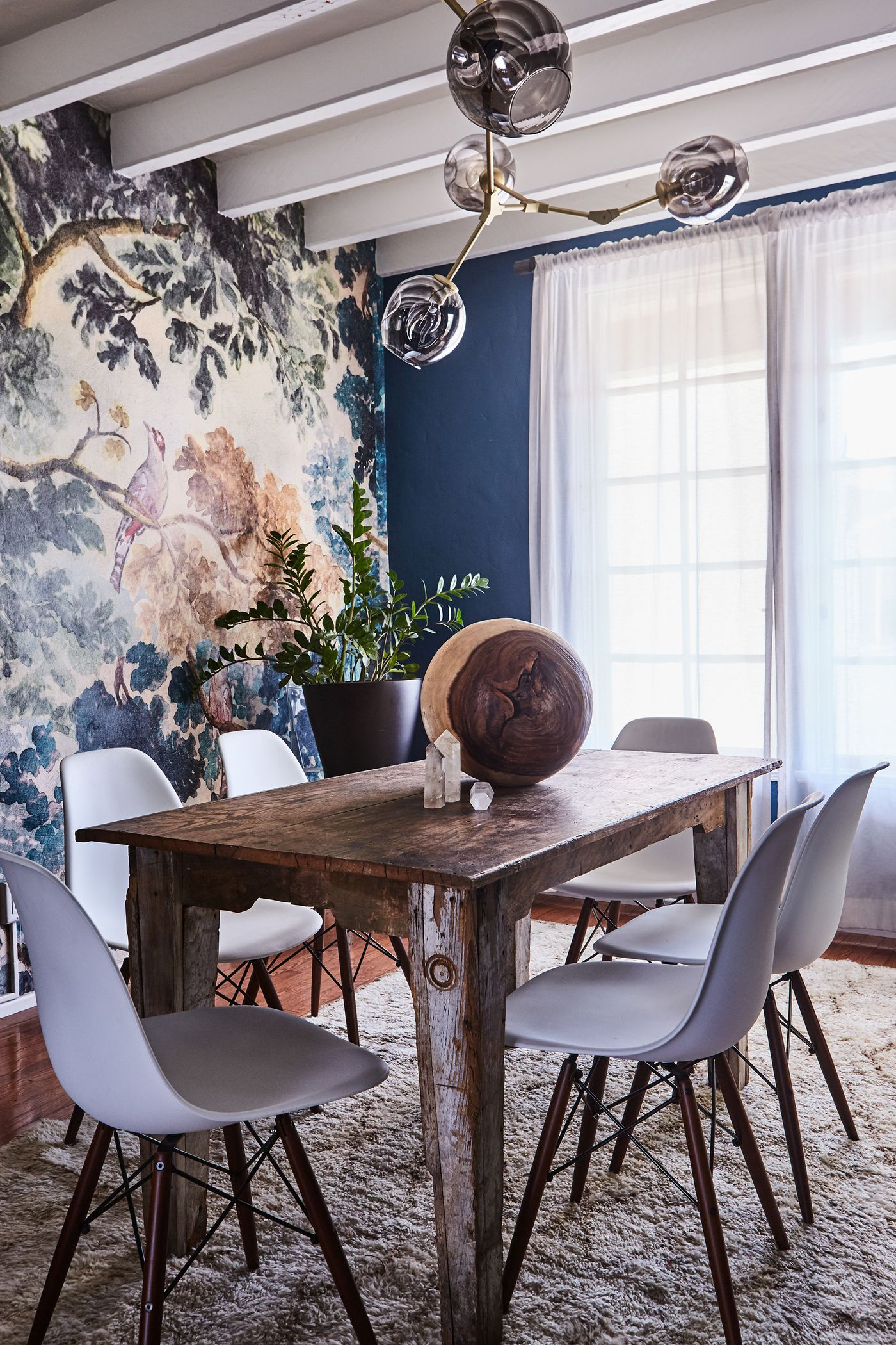 24 Kitchen And Dining Room Ideas For The Holiday Season – Curbed Inside Best And Newest Valladares 3 Piece Pub Table Sets (View 18 of 20)