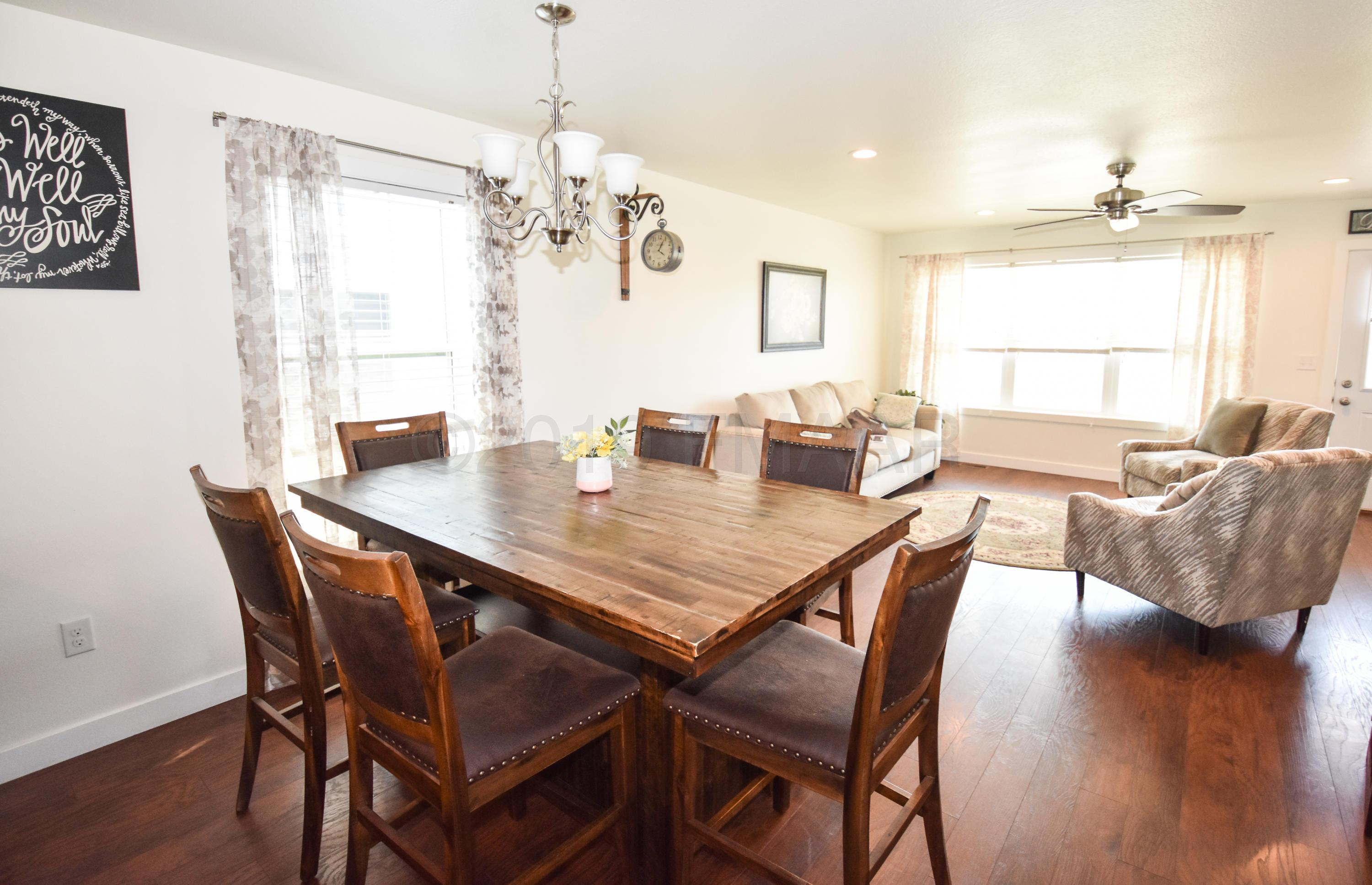 4428 13Th Street S, Moorhead, 56560 | Park Co. Realtors Inside Most Current Moorehead 3 Piece Counter Height Dining Sets (Photo 19 of 20)
