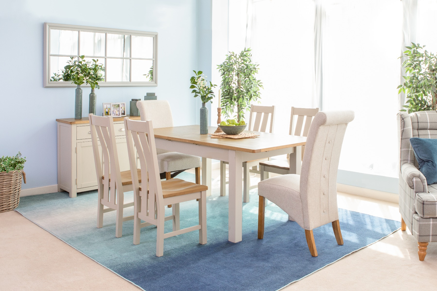 Choosing The Perfect Dining Table – Ez Living Furniture Blog – Ez With Best And Newest Partin 3 Piece Dining Sets (View 8 of 20)
