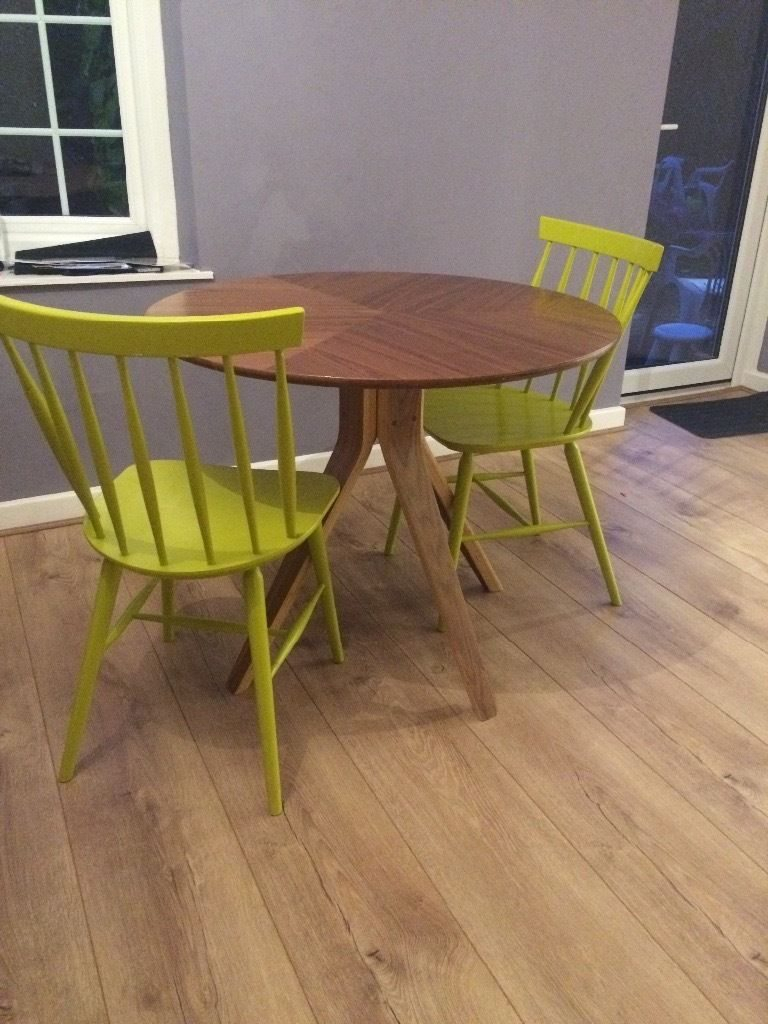 John Lewis Radar 4 Seater Round Dining Table Walnut – Rounddiningtables For Most Popular John 4 Piece Dining Sets (Photo 16 of 20)
