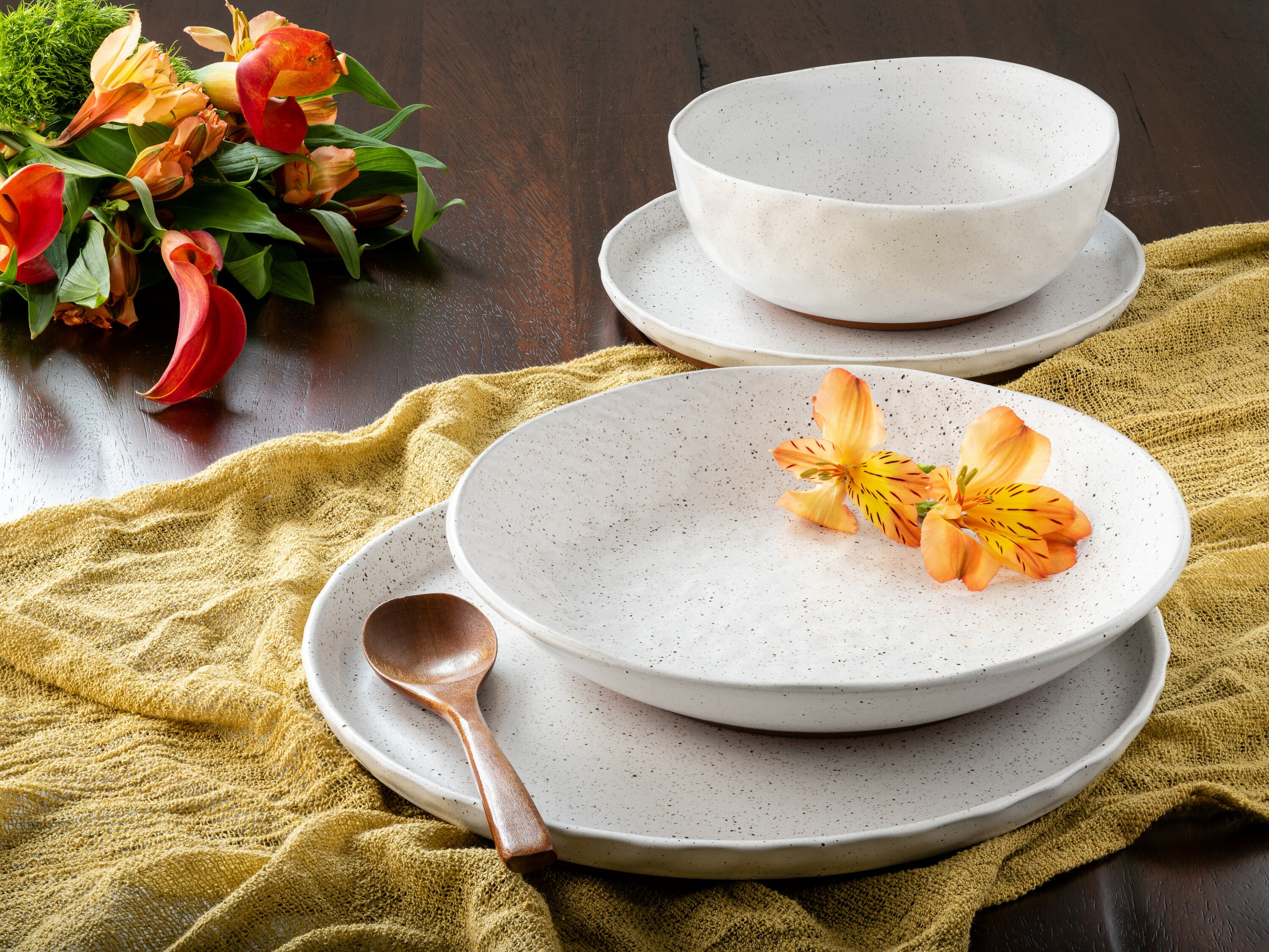 Kaya 16 Piece Dinnerware Set, Service For 4 Intended For Recent Kaya 3 Piece Dining Sets (Image 8 of 20)