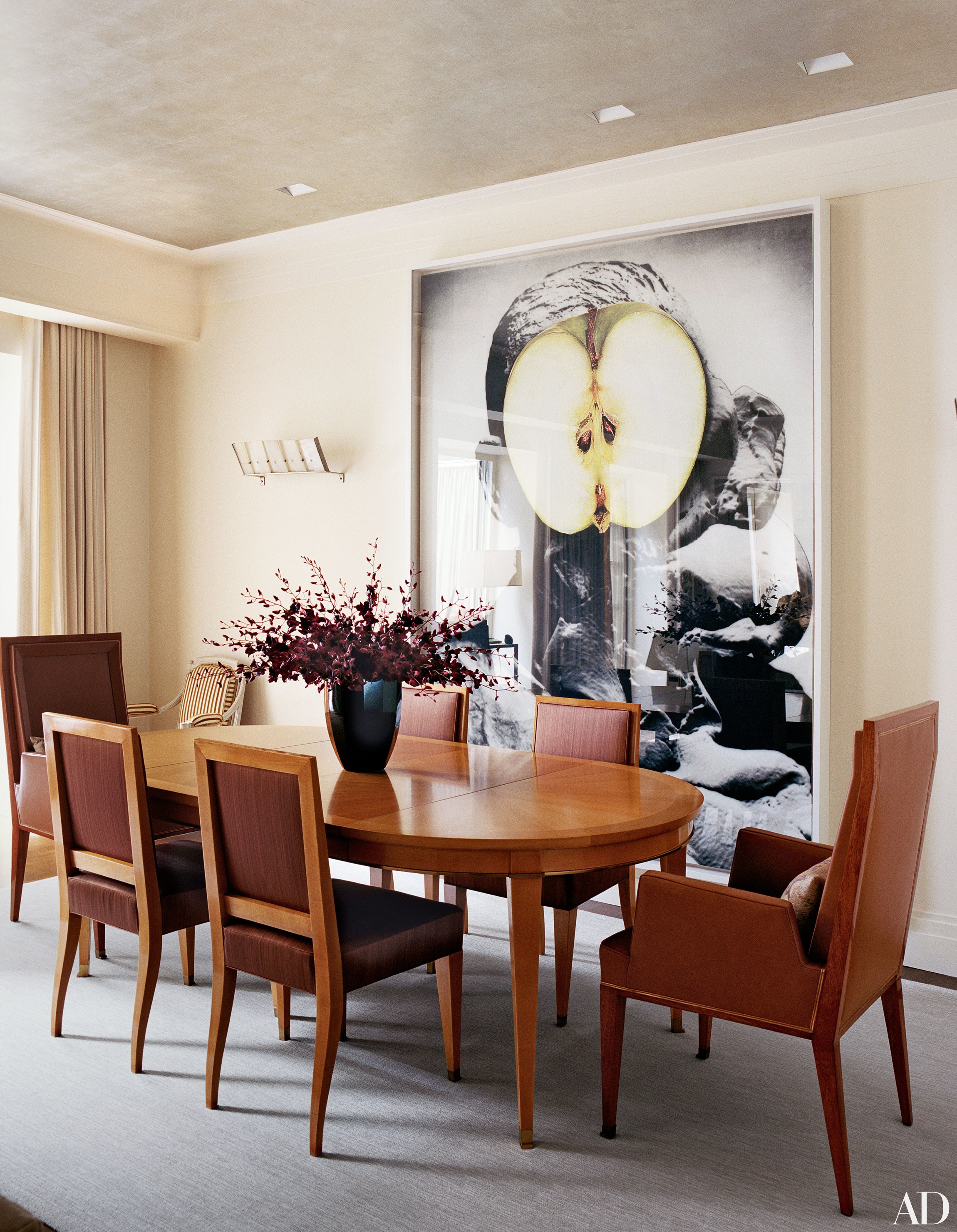 Step Inside 47 Celebrity Dining Rooms | Architectural Digest Throughout Most Popular Rossi 5 Piece Dining Sets (Image 16 of 20)