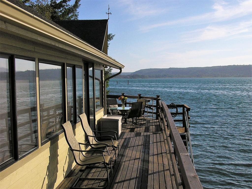 Vacation Home Union City Beach House At Hood Canal, Waterfront Regarding 2018 Hood Canal 3 Piece Dining Sets (Image 18 of 20)