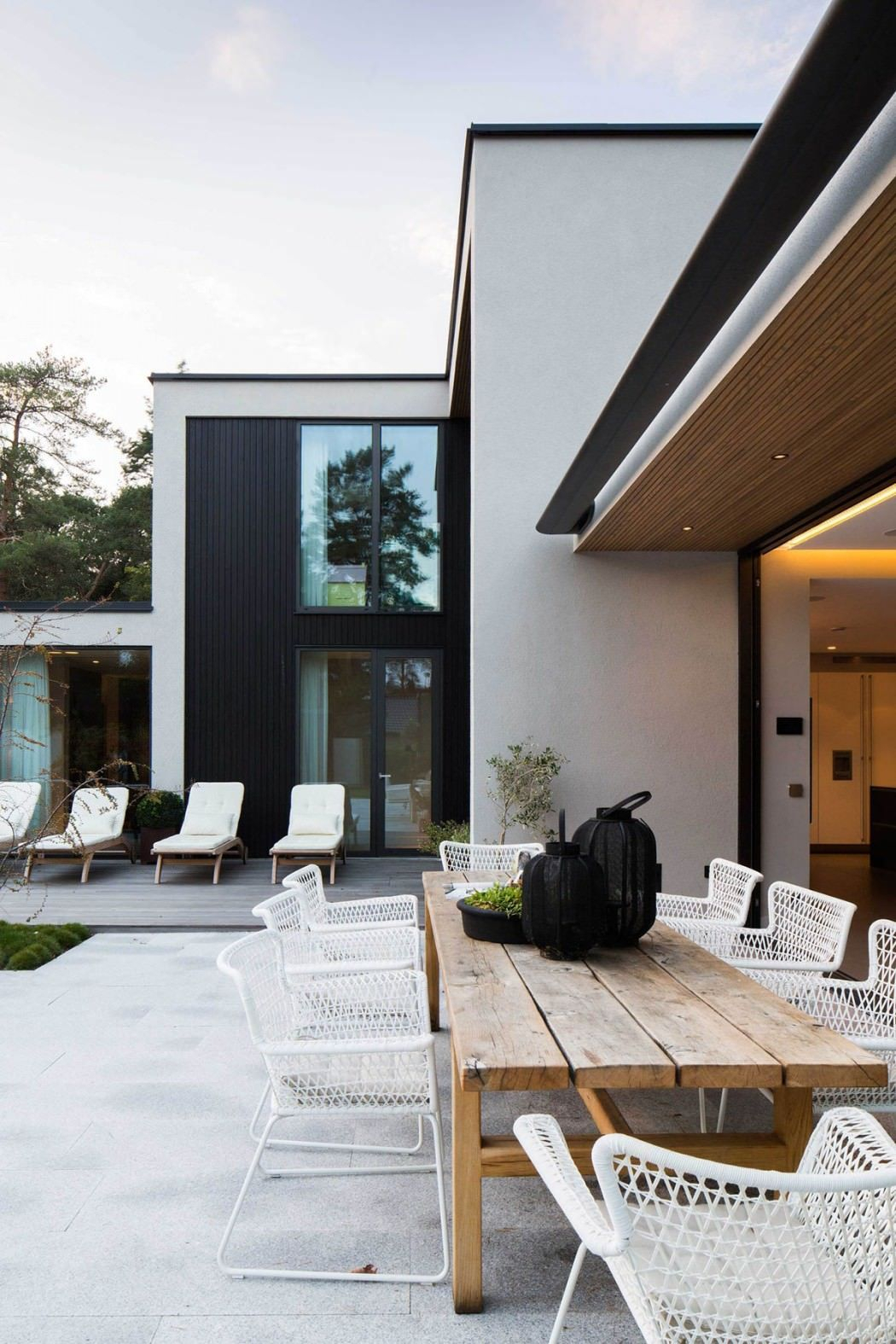 Villa Jjohan Sundberg | Architecture | Contemporary Patio Regarding Current Sundberg 5 Piece Solid Wood Dining Sets (Photo 19 of 20)