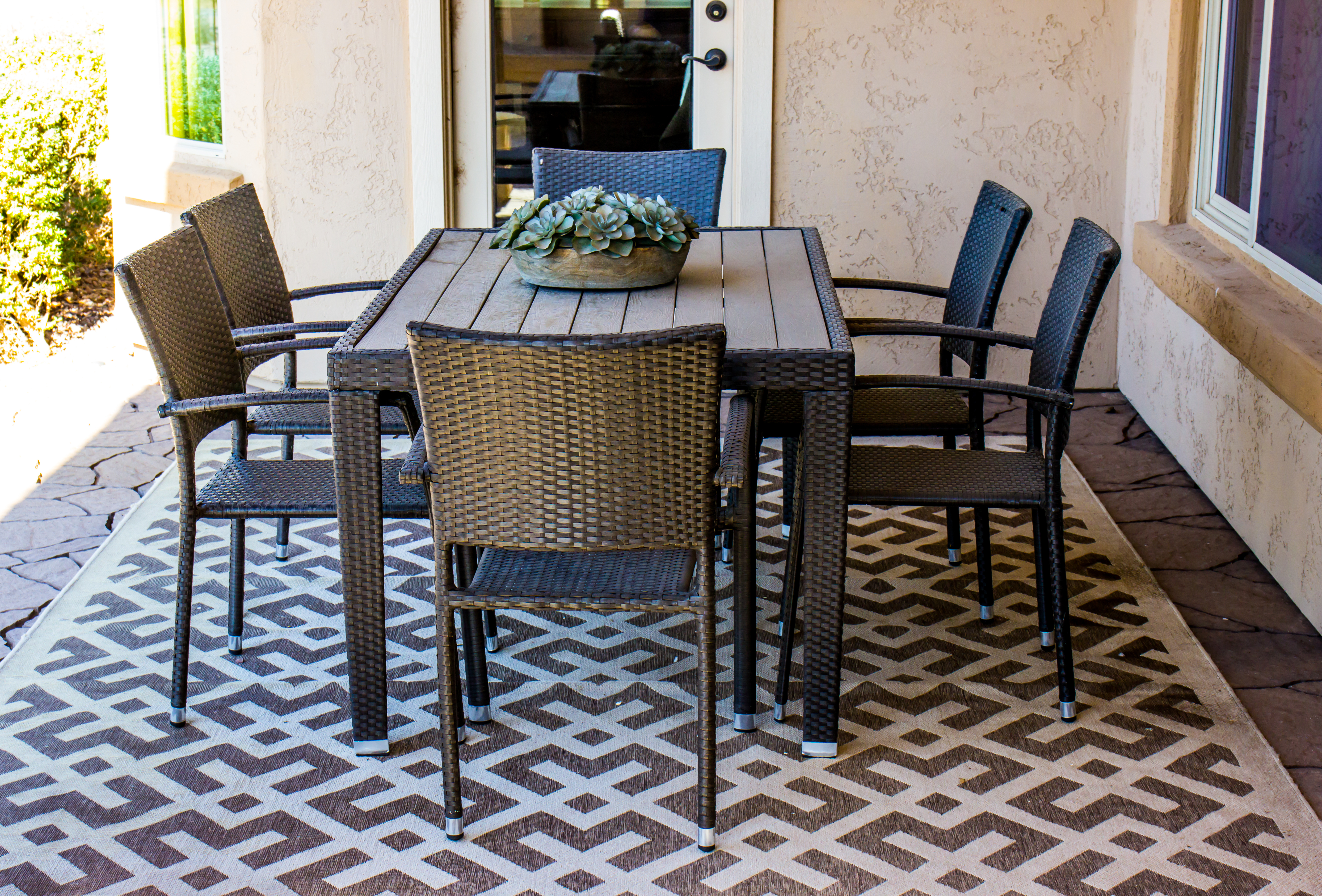 What Size Area Rug Should Go Under A 48 Inch Round Table? | Home Within Most Recent Partin 3 Piece Dining Sets (Image 20 of 20)