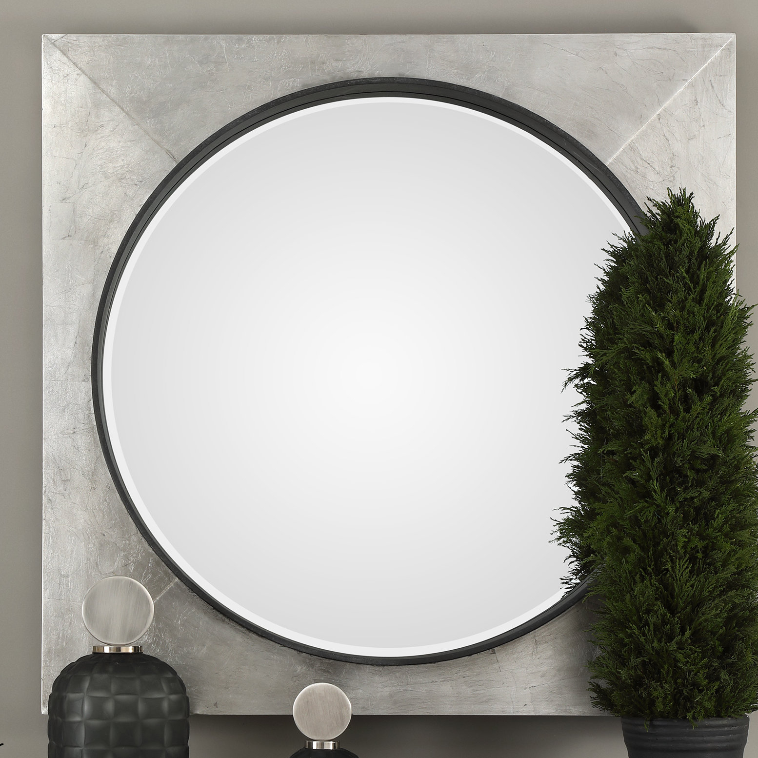 Bellatrix Solomon Modern & Contemporary Accent Mirror Throughout Levan Modern & Contemporary Accent Mirrors (View 17 of 20)