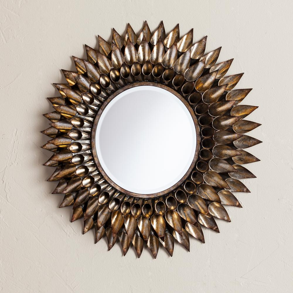 Danile Round Decorative Wall Mirror For Decorative Round Wall Mirrors (View 15 of 20)