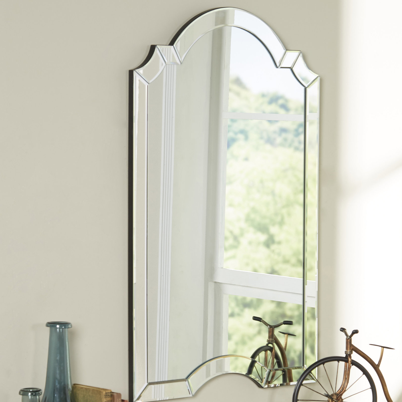 Ekaterina Arch/crowned Top Wall Mirror For Arch Top Vertical Wall Mirrors (Image 8 of 20)