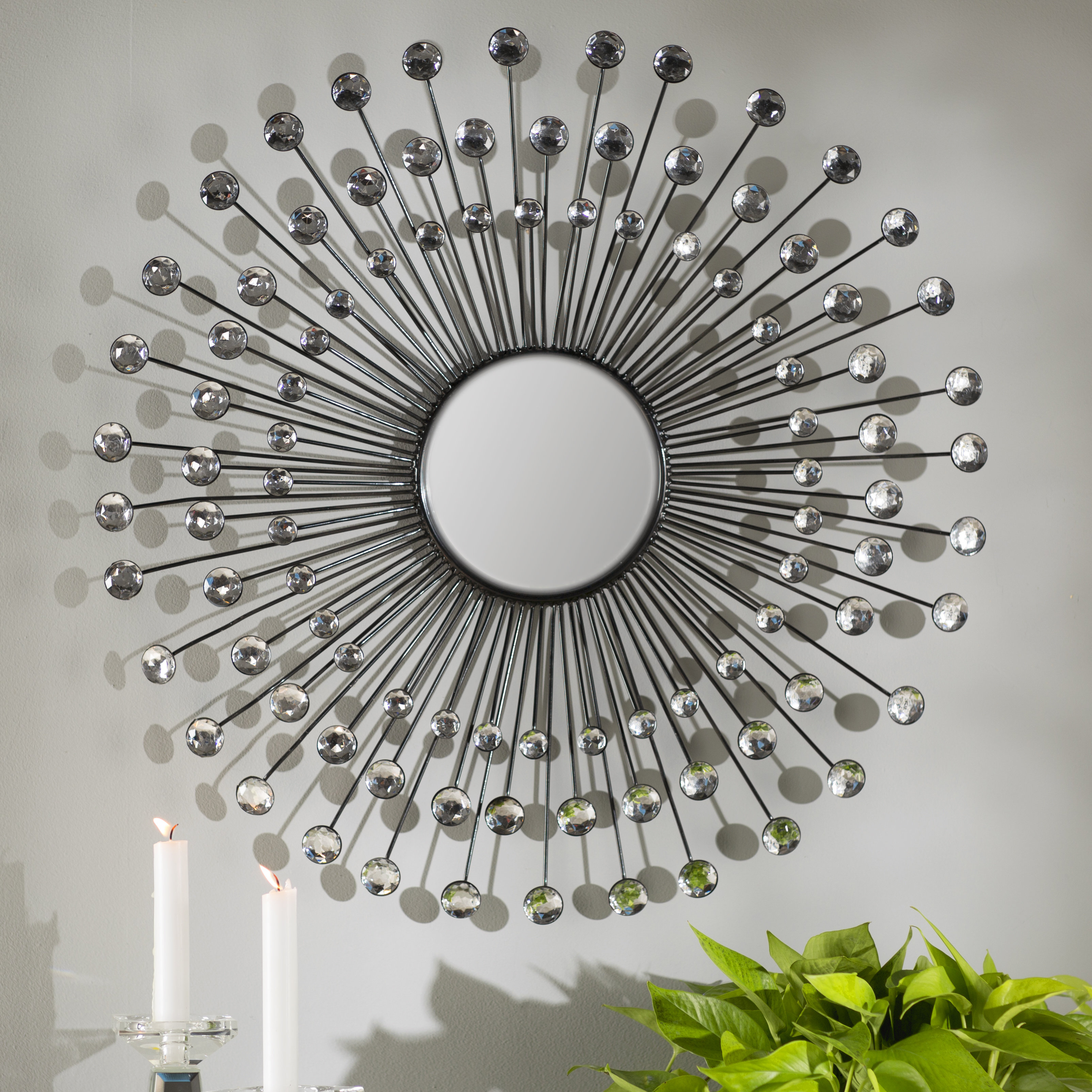 Estrela Modern Sunburst Metal Wall Mirror With Orion Starburst Wall Mirrors (Image 4 of 20)