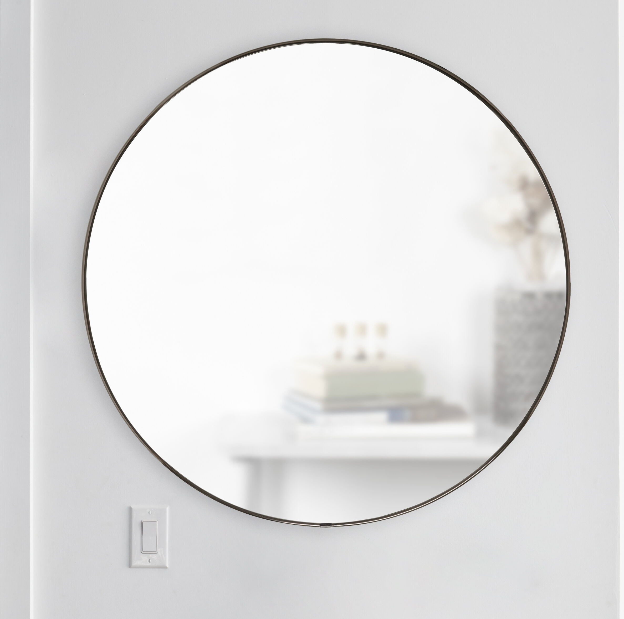 Hubba Modern & Contemporary Accent Mirror With Regard To Hub Modern And Contemporary Accent Mirrors (Photo 11 of 20)