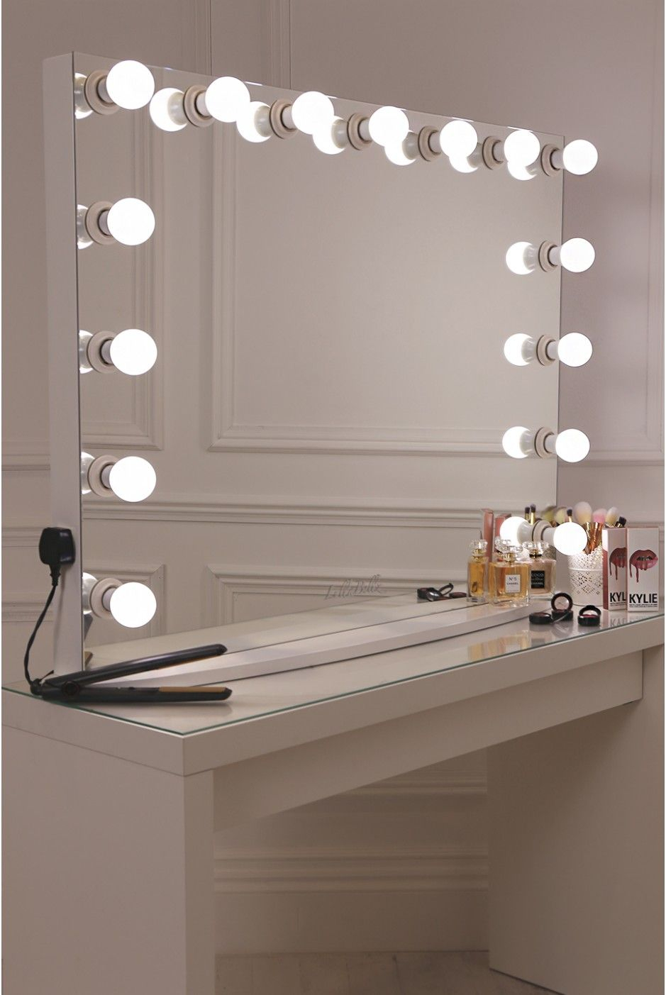 Lullabellz Hollywood Glow Xl Pro Vanity Mirror | New Bedroom Inside Vanity Mirrors (View 5 of 20)