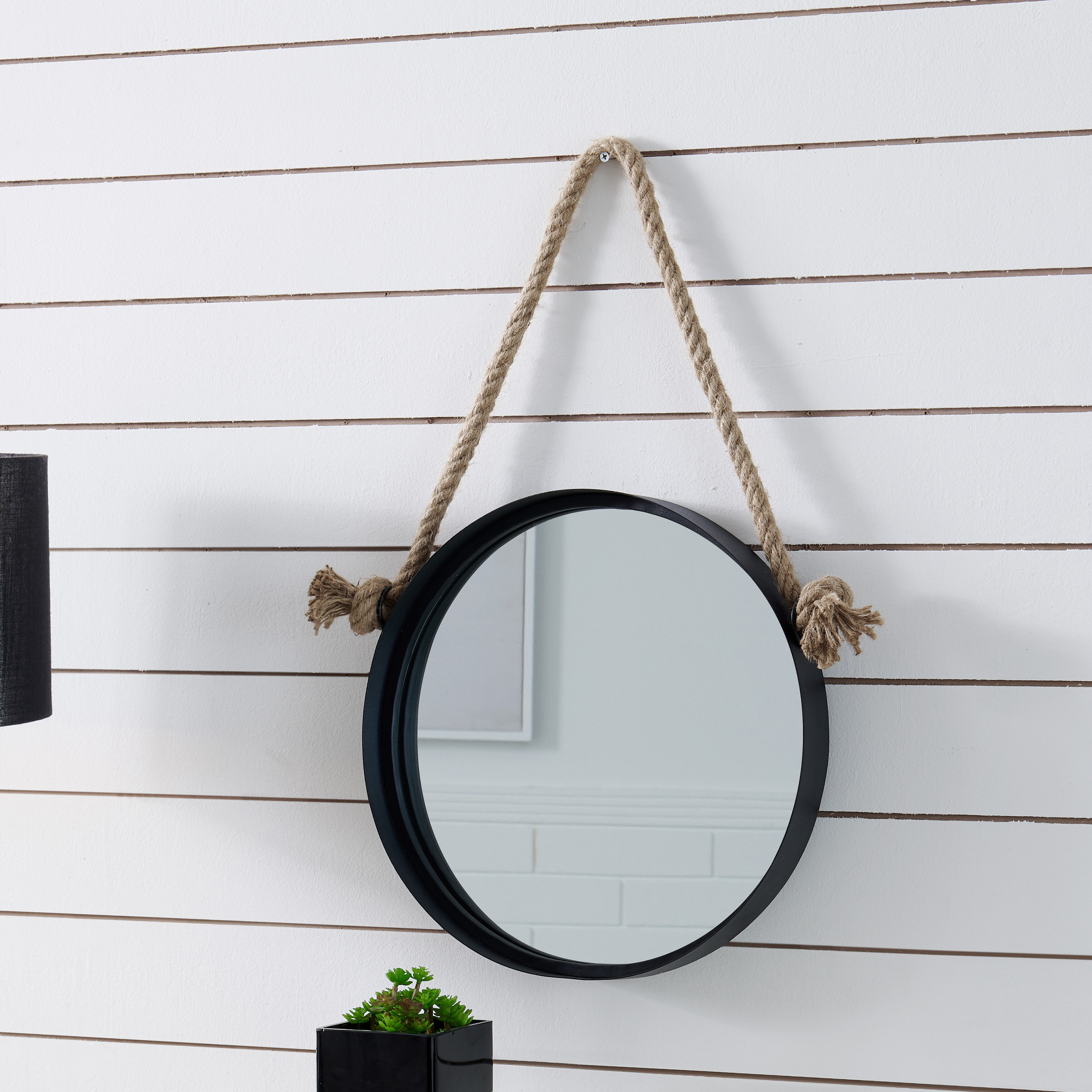 Mariana Iron Round Accent Mirror For Rhein Accent Mirrors (View 11 of 20)