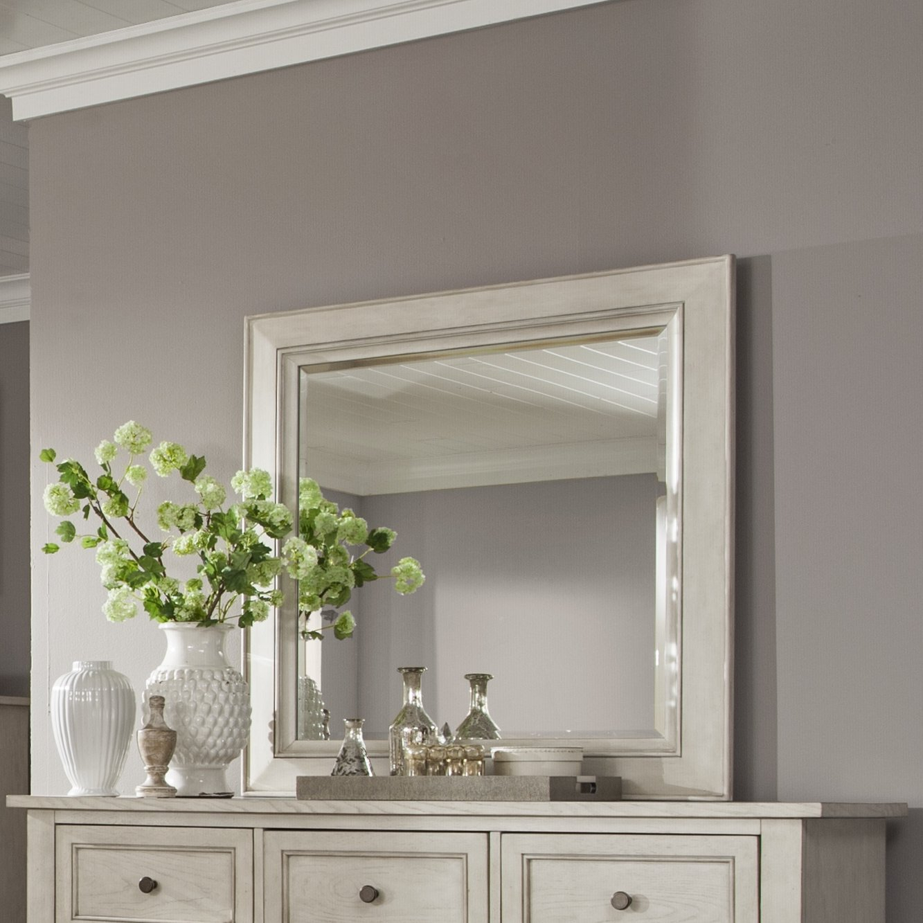 Stoughton Concave Dresser Mirror Within Tellier Accent Wall Mirrors (Image 13 of 20)