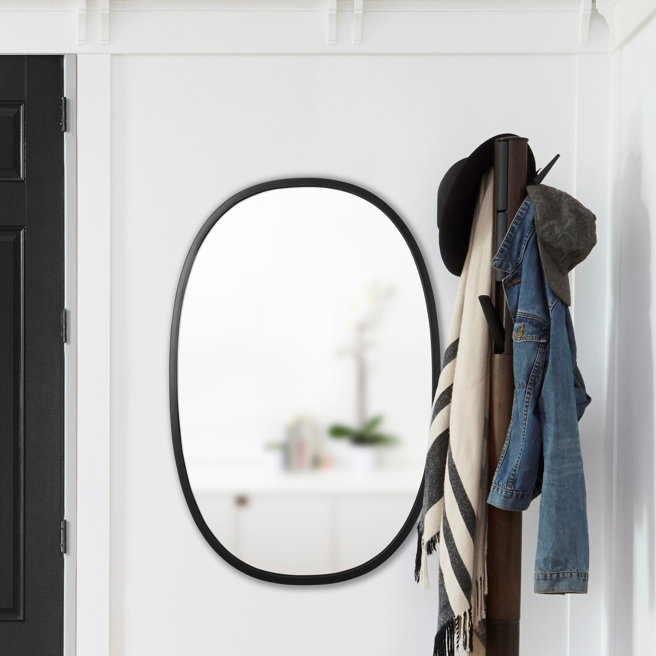 Umbra Hub Modern & Contemporary Accent Mirror Within Hub Modern And Contemporary Accent Mirrors (Photo 5 of 20)