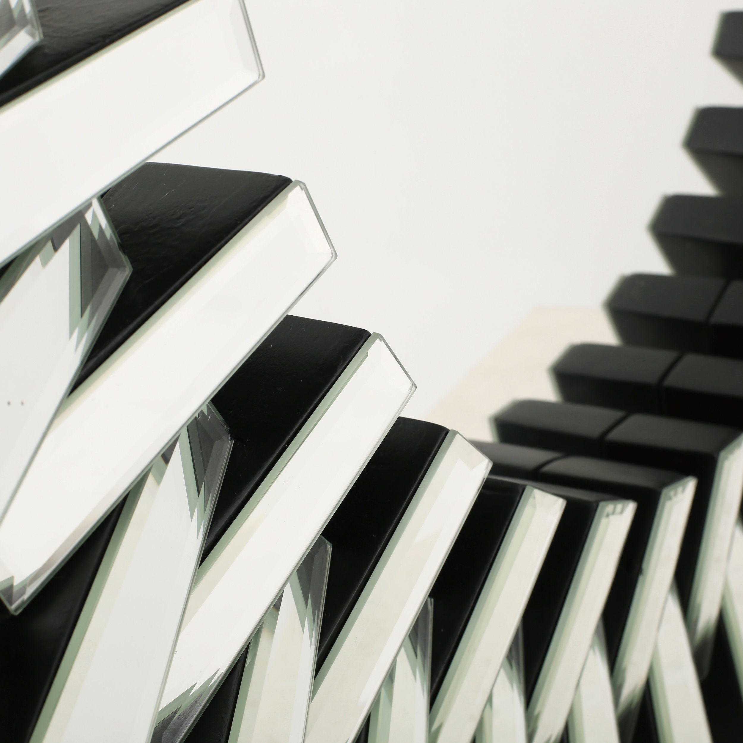 Willa Arlo Interiors Deniece Sunburst Round Wall Mirror In Deniece Sunburst Round Wall Mirrors (Image 17 of 20)