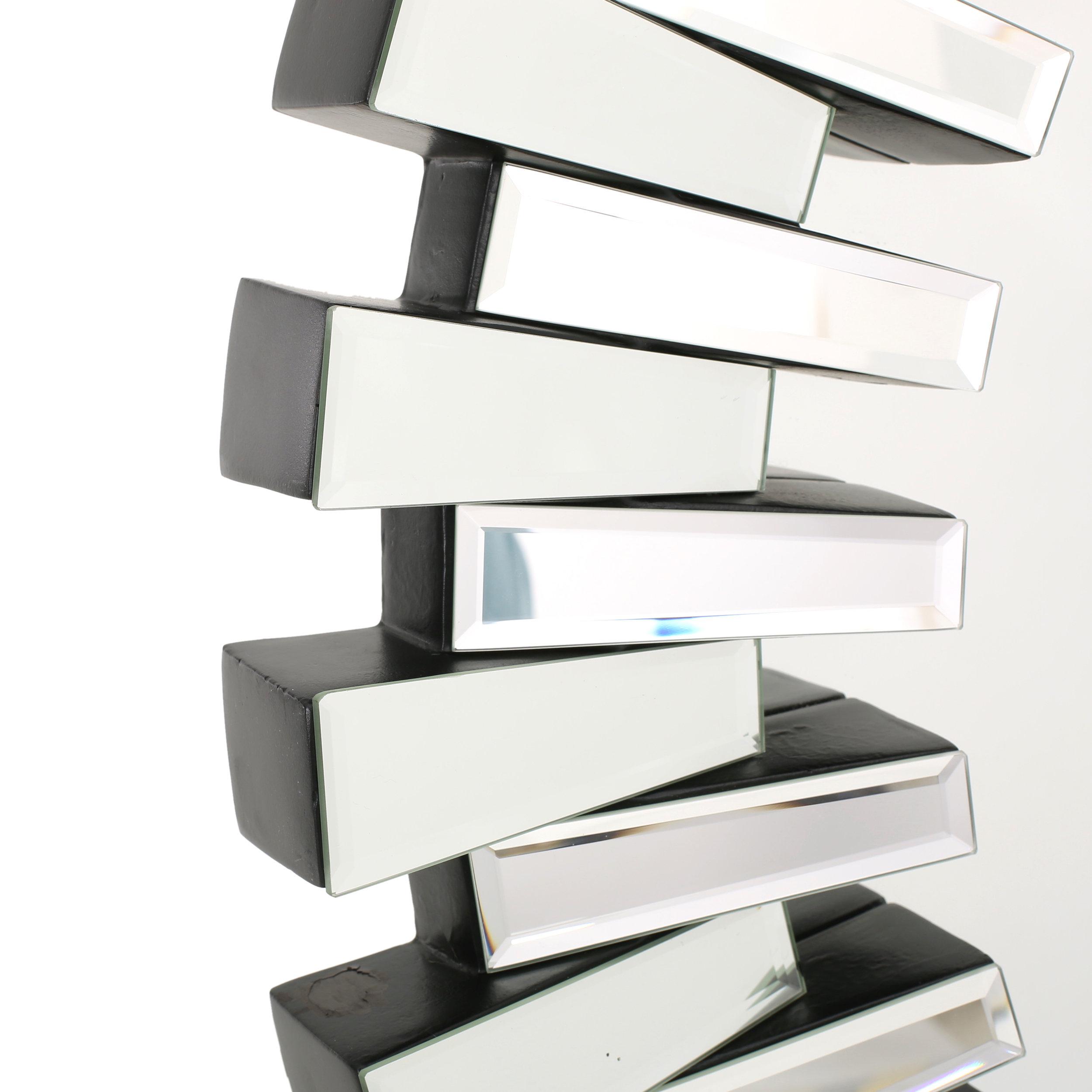 Willa Arlo Interiors Deniece Sunburst Round Wall Mirror Pertaining To Deniece Sunburst Round Wall Mirrors (Image 18 of 20)
