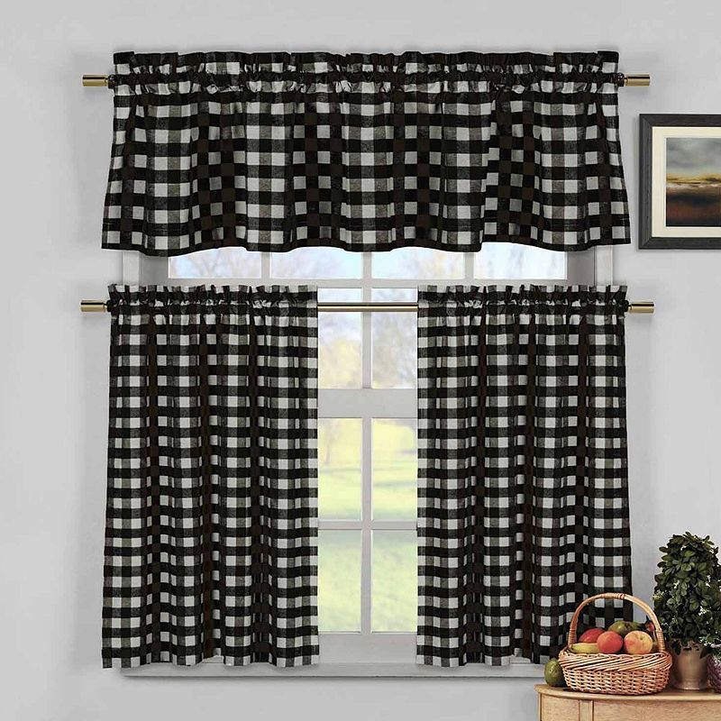 12+ Rapturous Roller Blinds Night Ideas | Living Room Blinds With Classic Navy Cotton Blend Buffalo Check Kitchen Curtain Sets (View 17 of 25)