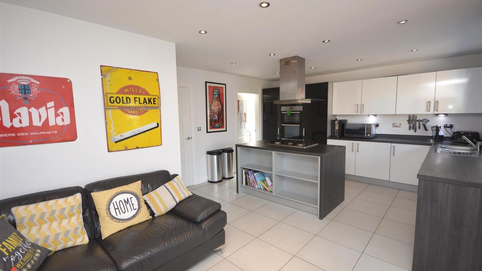 4 Bedroom Property For Sale In Elworth Hall Farm Road Inside Best And Newest Elworth Kitchen Island (View 21 of 25)