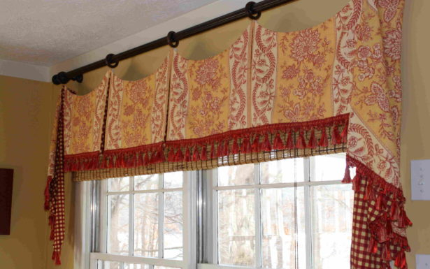 Astounding Country Living Kitchen Curtains High Style For With Regard To Coastal Tier And Valance Window Curtain Sets (Image 2 of 25)