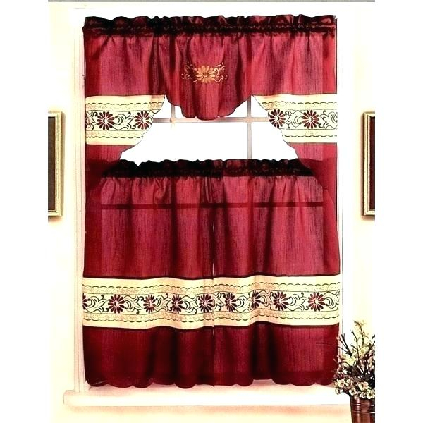 Burgundy And Gold Curtains – Bioengineers Throughout Kitchen Burgundy/white Curtain Sets (View 9 of 25)