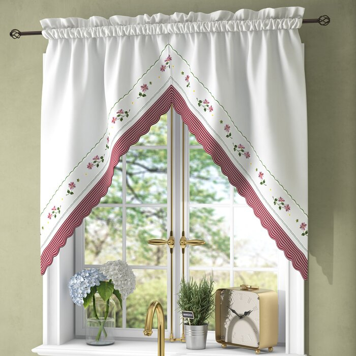 Callington Swag 2 Piece Curtain Valance In Traditional Two Piece Tailored Tier And Valance Window Curtains (View 18 of 25)