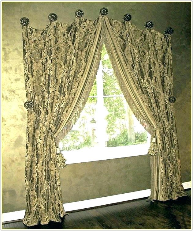 Curtain Medallions – Topcat (View 20 of 25)