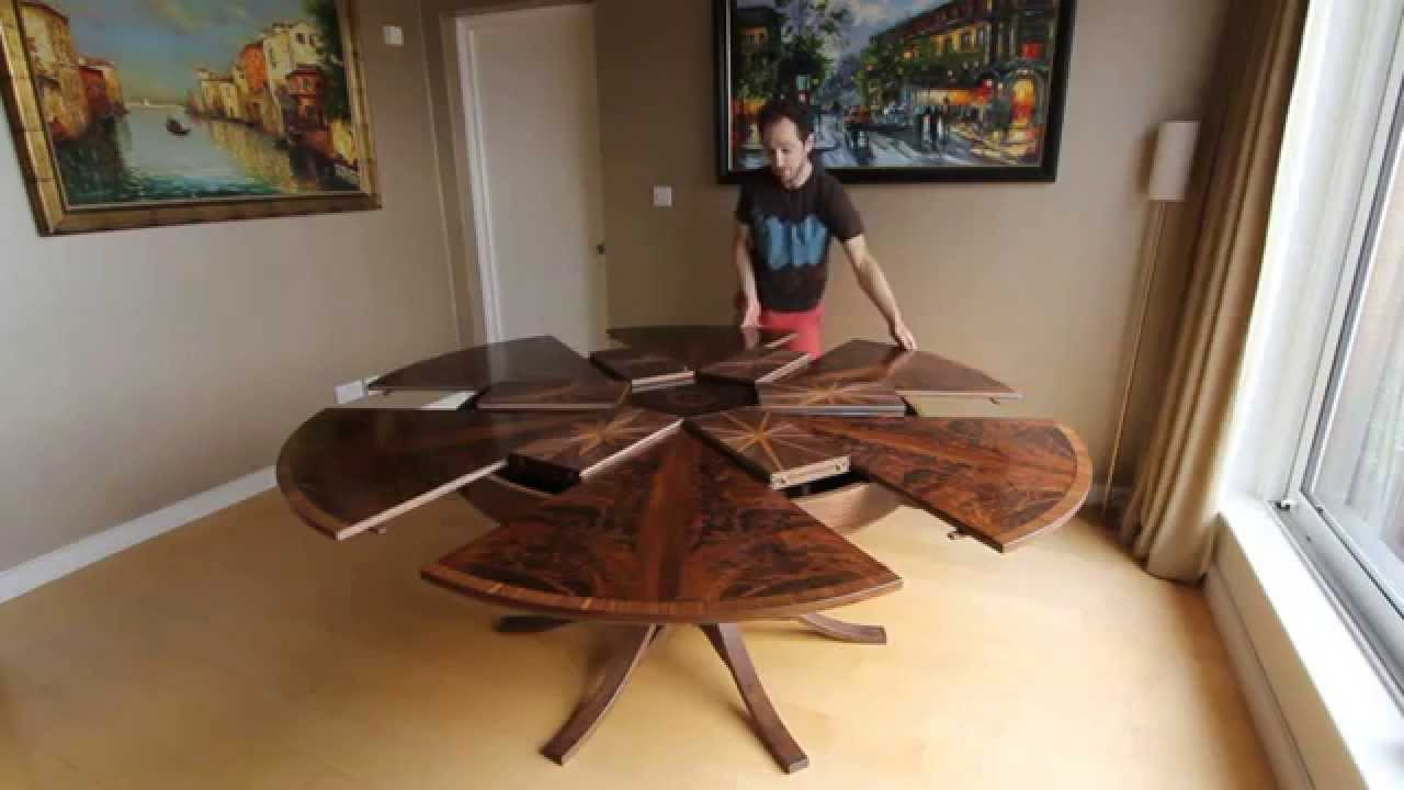 Expanding Circular Dining Table In Walnut In Recent Johnson Round Pedestal Dining Tables (View 8 of 25)