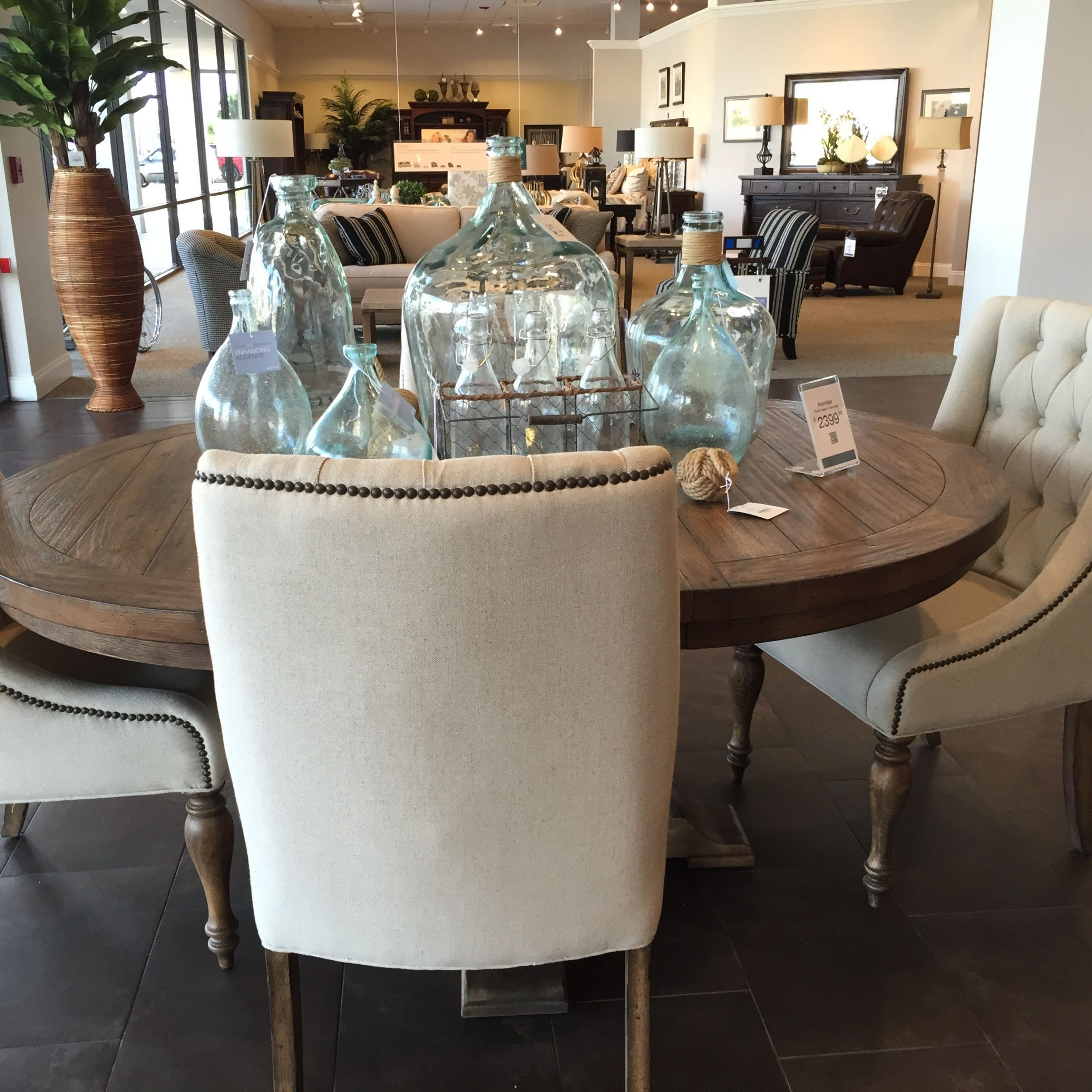 Havertys Avondale Dining Table | Dining Room Table, Dining Inside 2018 Avondale Dining Tables (View 8 of 25)