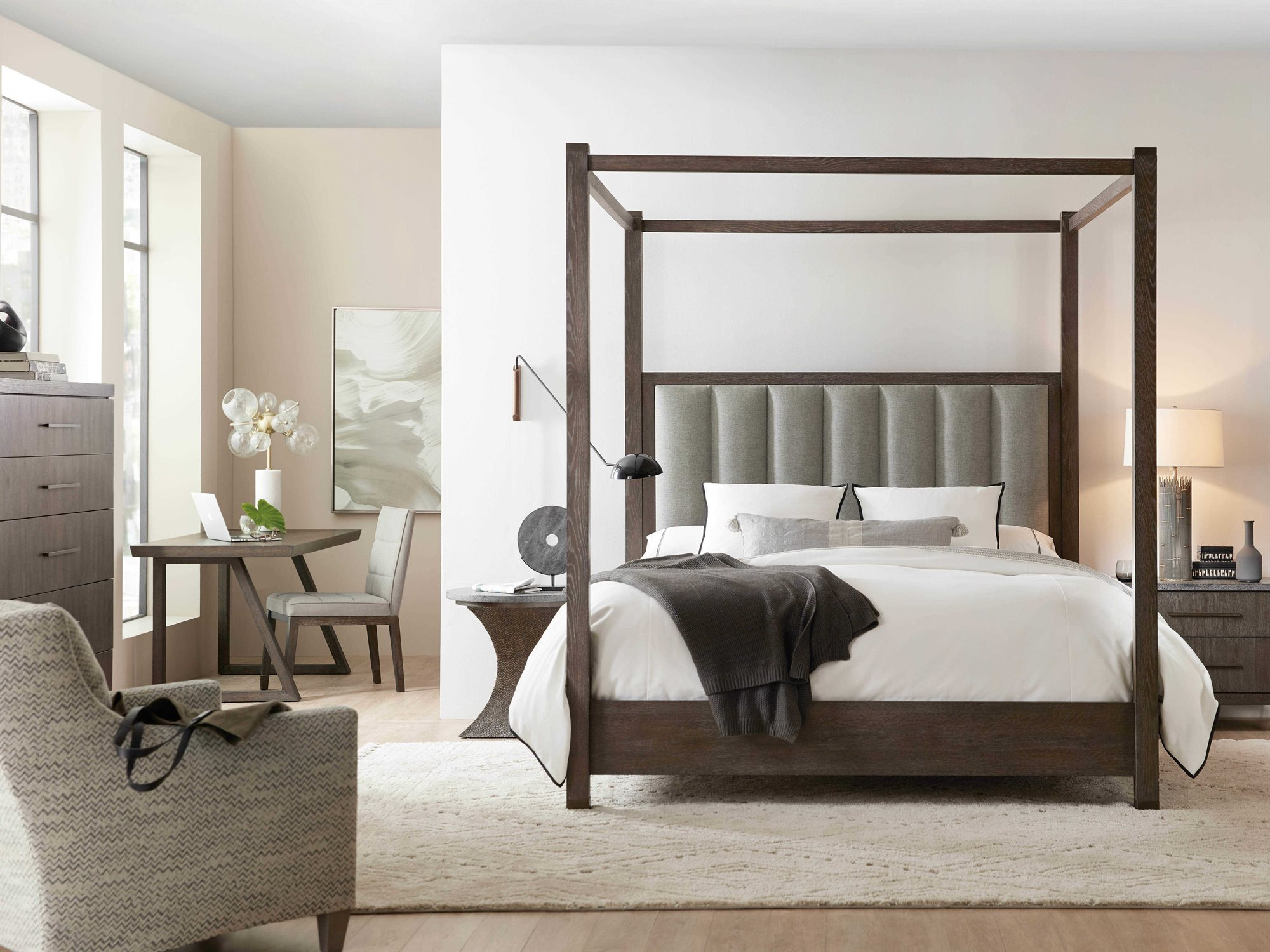 Hooker Furniture Miramar – Aventura Bedroom Set Inside Most Up To Date Cleary Oval Dining Pedestal Tables (View 22 of 25)