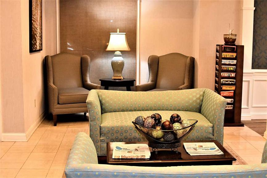 Hotel Spring Hill Buchen | Best Western Spring Hill Inn & Suites With Touch Of Spring 24 Inch Tier Pairs (Image 10 of 25)