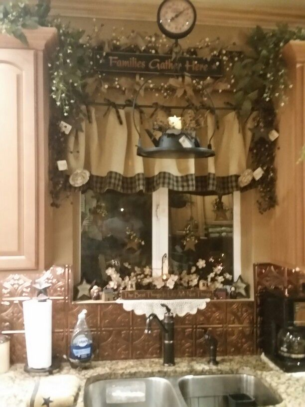I'm Obsessed With Burlap Curtains … | Country Kitchen With Regard To Primitive Kitchen Curtains (View 2 of 25)