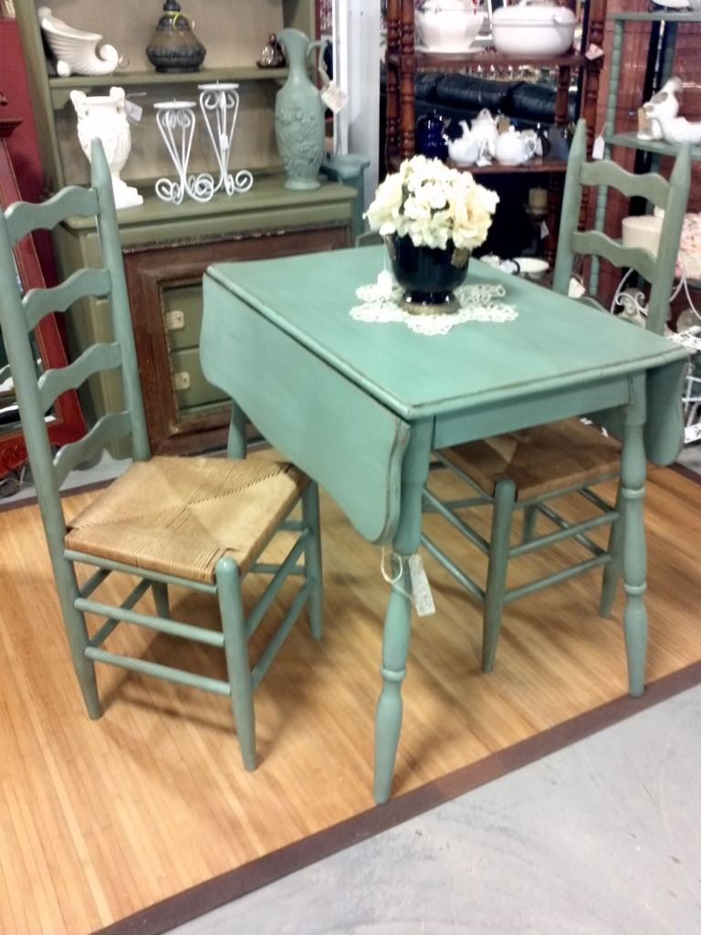 Introducing Drop Leaf Dining Tables – The Good Old Space Intended For Best And Newest Antique White Shayne Drop Leaf Kitchen Tables (View 18 of 25)