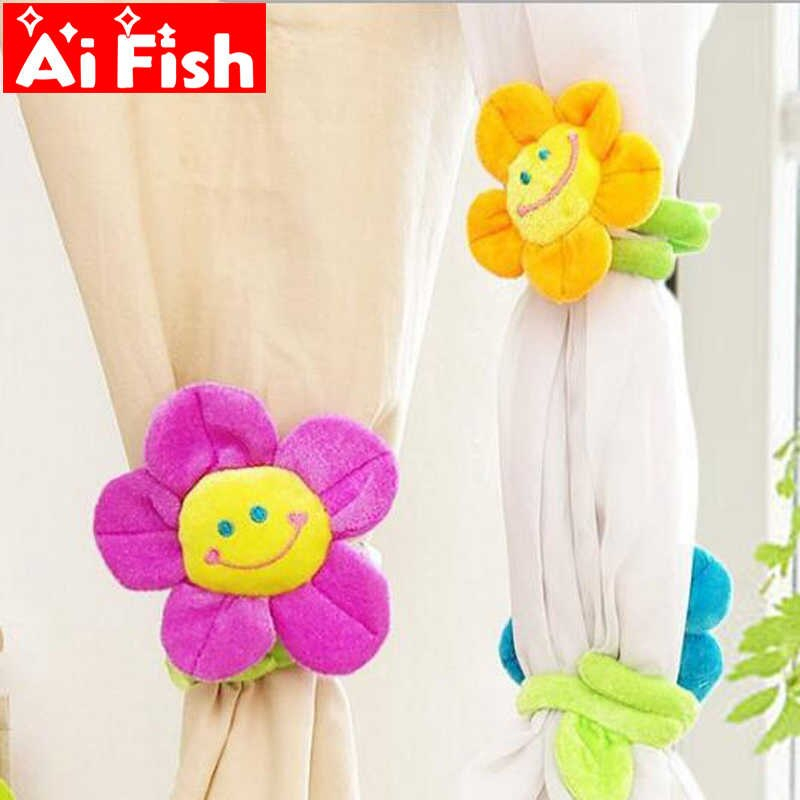 Lovely Smiling Face Sunflowers Curtain Buckle Straps Velvet For Traditional Tailored Window Curtains With Embroidered Yellow Sunflowers (View 23 of 25)