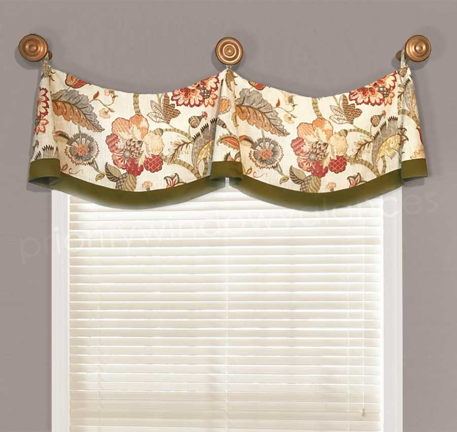 Medallion Swag Valance With Bells Within Medallion Window Curtain Valances (View 12 of 25)