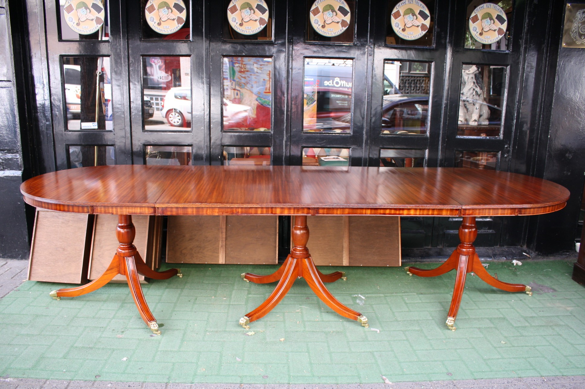 Old Regency 3 Pedestals Dining Table – London Gallery Throughout Newest Shaw Dining Tables, English Brown (View 9 of 25)