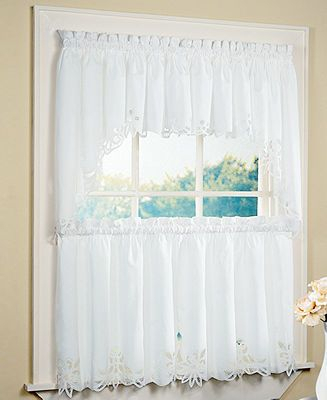 Peri Battenburg 30 X 24 Cafe Curtain | Diy – Home Update Intended For Oakwood Linen Style Decorative Curtain Tier Sets (View 12 of 25)