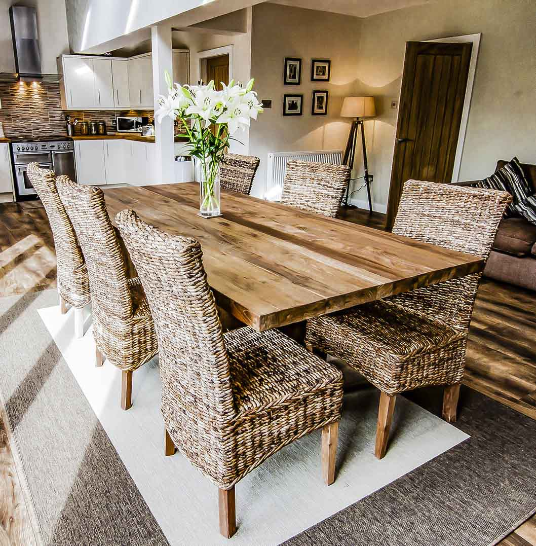 Reputable Site 3B5F0 9386B Reclaimed Wood Dining Table And Intended For 2018 Driftwood White Hart Reclaimed Pedestal Extending Dining Tables (Image 15 of 25)