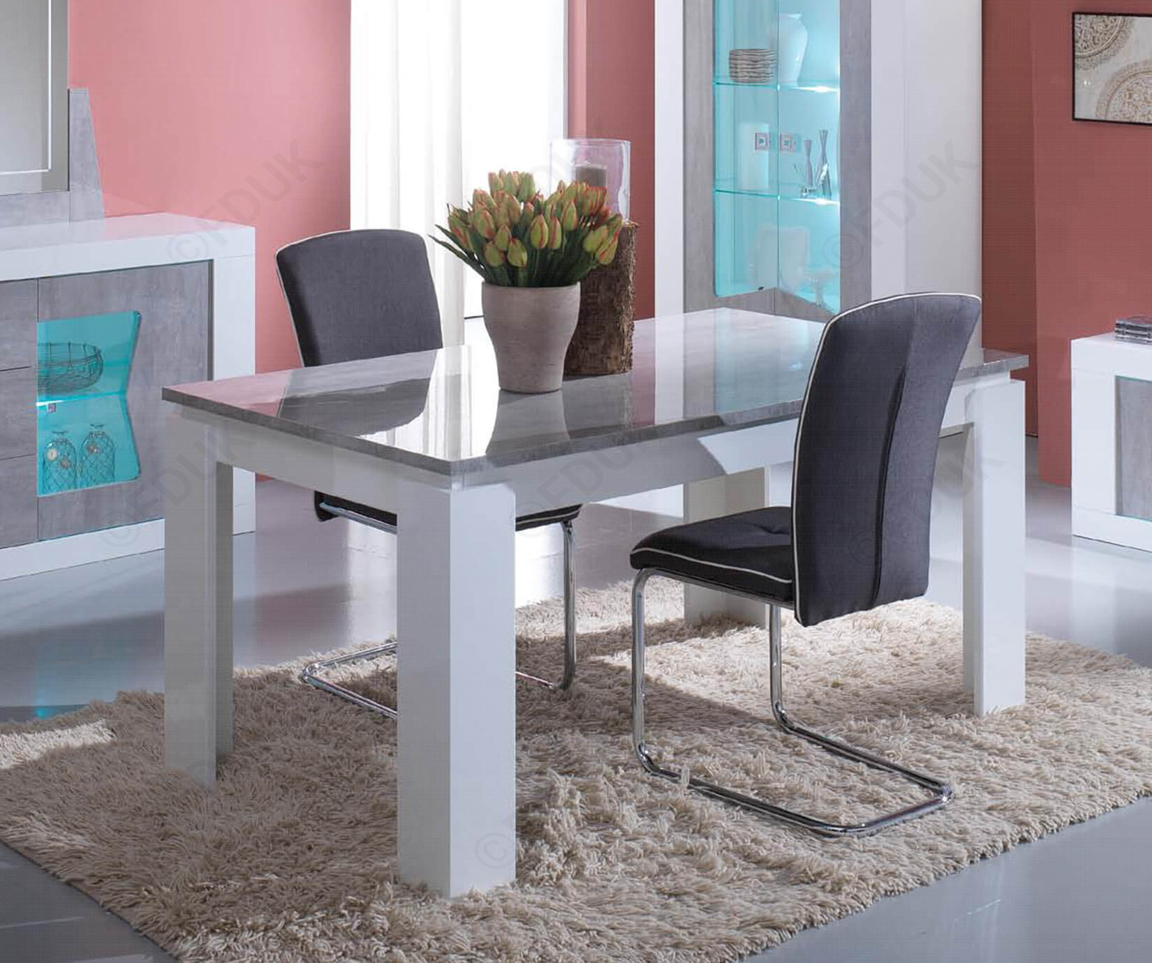 San Martino Las Vegas Grey Dining Table With 4 Metal Chairs In Newest Martino Dining Tables (View 15 of 25)
