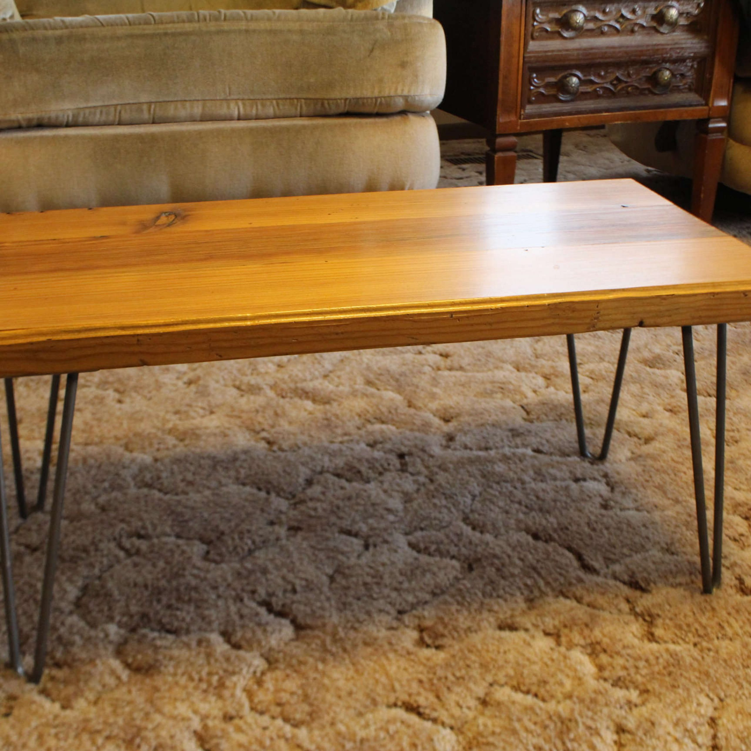 Splendid Reclaimed Barn Wood Table Furniture Pretty Rustic Regarding Most Up To Date Griffin Reclaimed Wood Dining Tables (View 18 of 25)