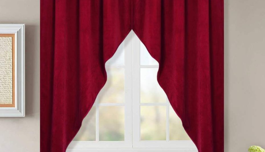 Swag Curtains Awesome Country For Living Room Curtain Hooks Regarding Classic Kitchen Curtain Sets (View 16 of 25)