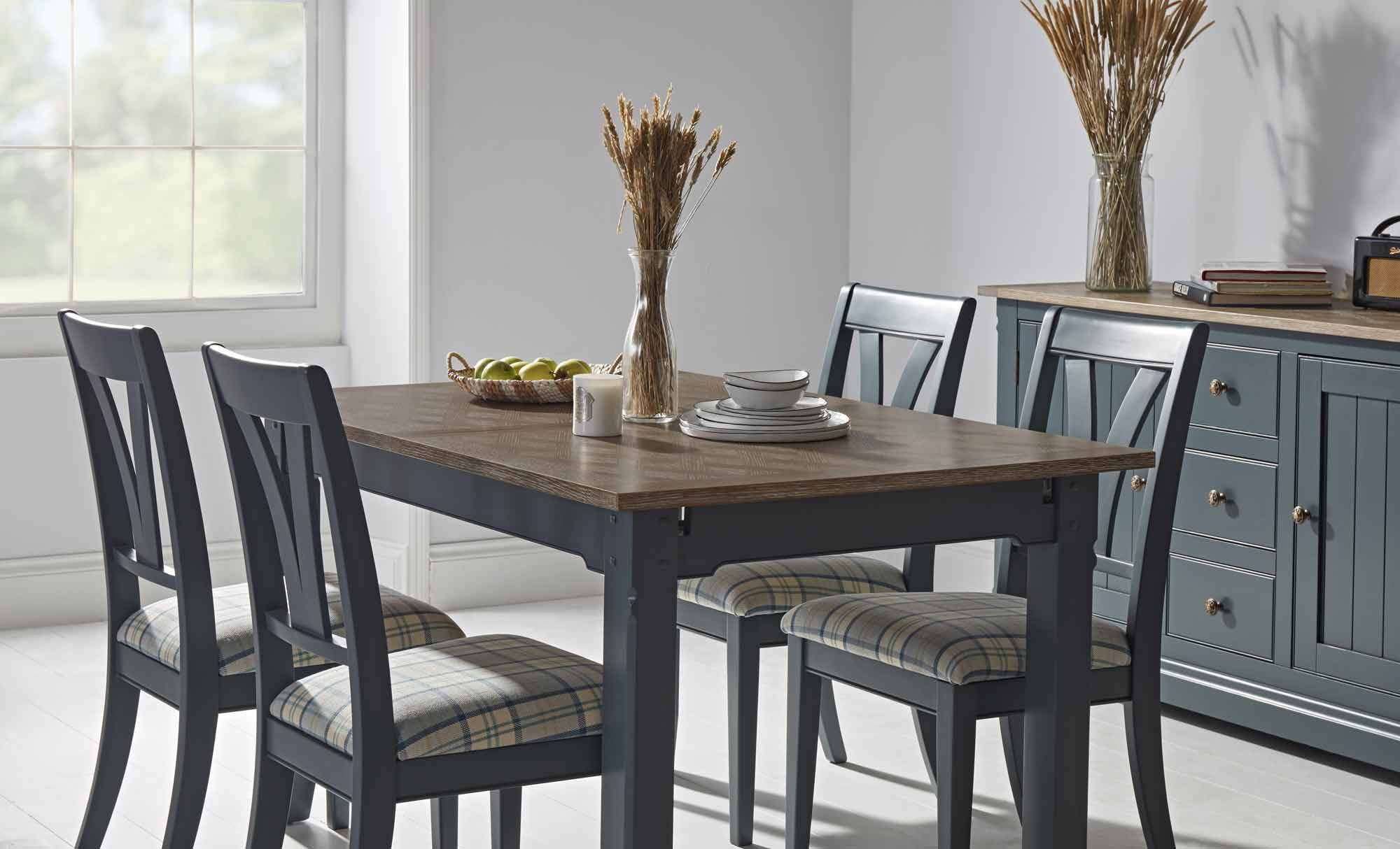 Tiverton Extending Dining Table For Most Popular Gray Wash Banks Extending Dining Tables (View 17 of 25)