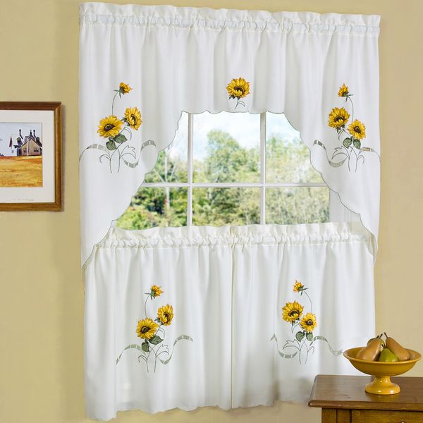 Featured Image of Traditional Tailored Window Curtains With Embroidered Yellow Sunflowers