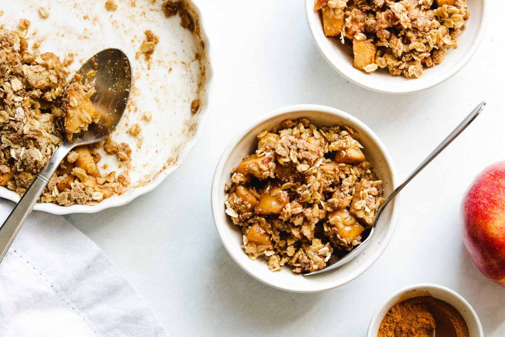 Vegan Gluten Free Apple Crisp – Okonomi Kitchen Within Apple Orchard Printed Kitchen Tier Sets (View 23 of 25)